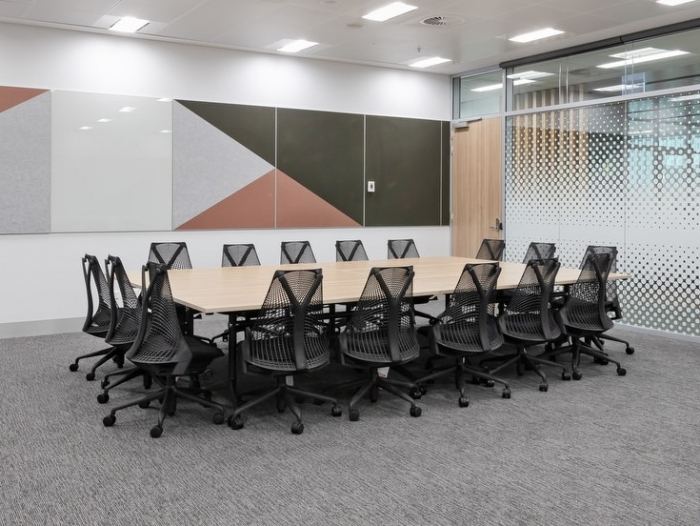 Government Office Fitout - Designer: Daryl Jackson Alastair Swayn - Photogrpahy by Steve Keogh