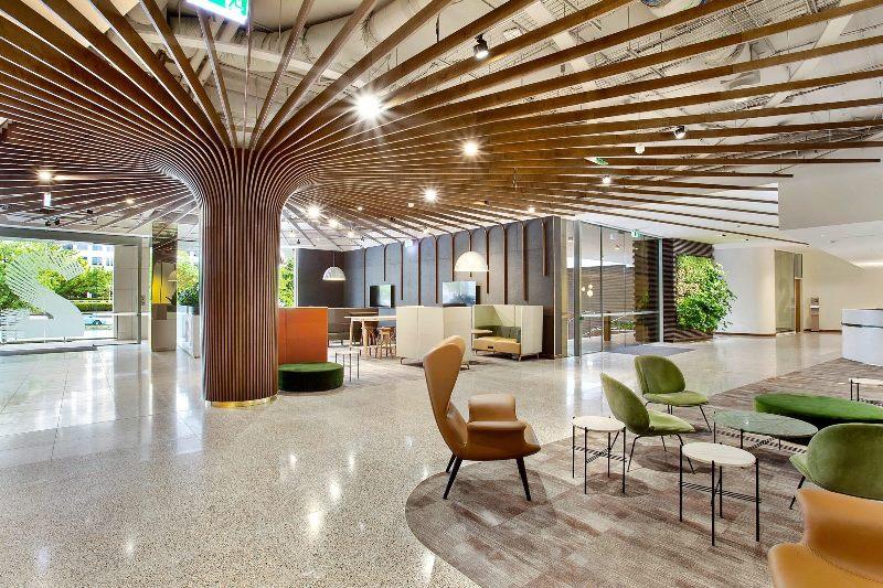 Kynetic Office Foyer