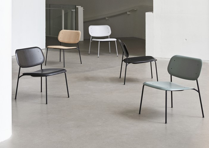 Soft Edge Lounge Chair by HAY