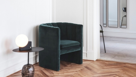 &Tradition Loafer Armchair, Lato side table, Journey table lamp