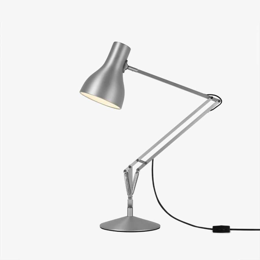 Type 75 Desk Lamp 2