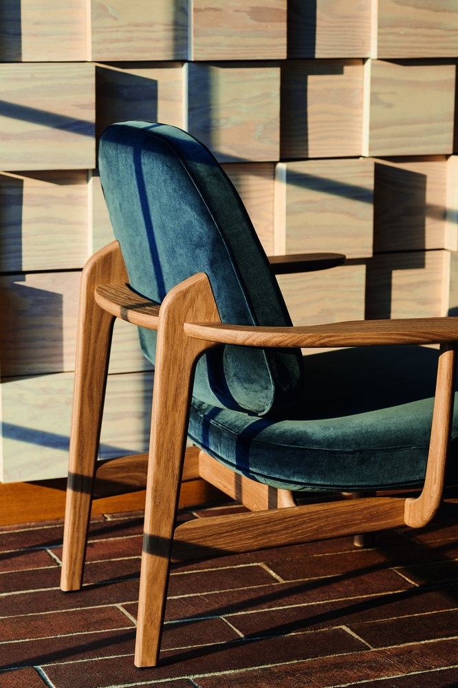 JH97 chair by Jaime Hayon, Jaime Hayon new lounge chair 2019, Fritz hansen Jaime Hayon lounge,