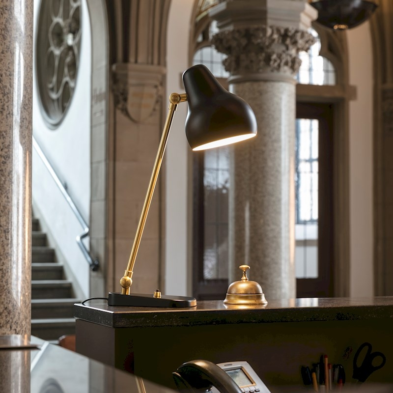 VL38 Desk Lamp, VL38 Designed by Vilhelm Lauritzen