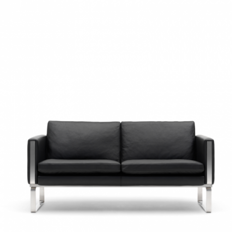 CH102 Sofa, CH102 designed by Hans H. Wegner