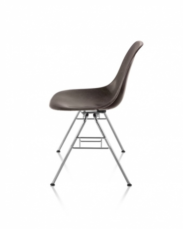 Eames Moulded Fiberglass Chair Stackable, Herman Miller stackable chair, Eames Fiberglass Stackable chair, Eames Fiberglass ganging chair