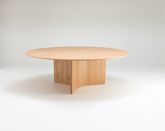 Caldera dining table designed by Ross Didier, Didier Caldera table, Round timber dining table designed by Ross Didier
