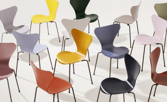 Series 7 new colours for 2020 by Fritz Hansen