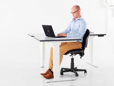 Elevar Electric 90 Degree workstation, commercial workstation desk from designcraft
