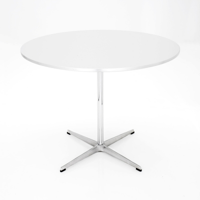 Circular table by Arne Jacobsen, AJ Table