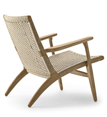 CH25 Lounge chair designed by Hans J. Wegner