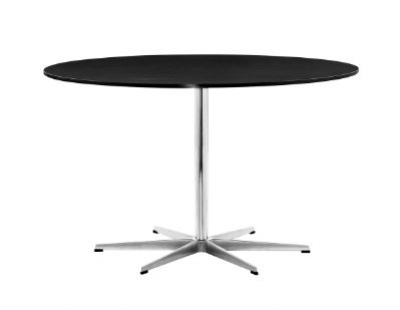 Circular table designed by Arne Jacobsen for Fritz Hansen, Arne Jacobsen Table Fritz Hansen